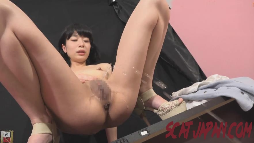 BFJG-218 Nude Piss in Heels 裸僕がヒール Documentary (4.2890_BFJG-218) [2020 | 523 MB]